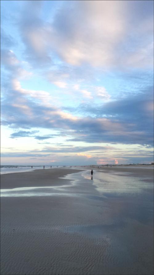 Beach 7.25