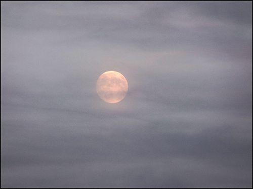 Moon 9-26-15 0034 blog